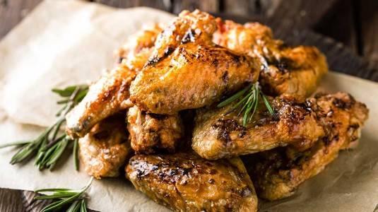 Benarkah Wanita yang Mengonsumsi Ceker dan Sayap Ayam Berisiko Kanker?