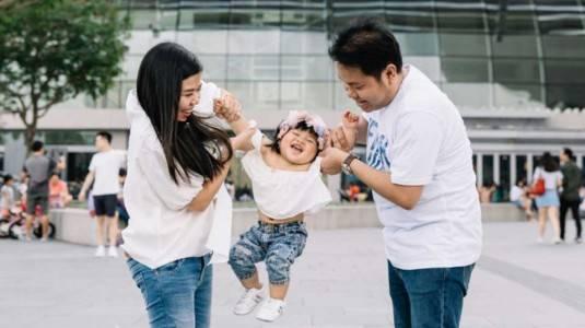 Tips Mengajak Baby ke Luar Negeri