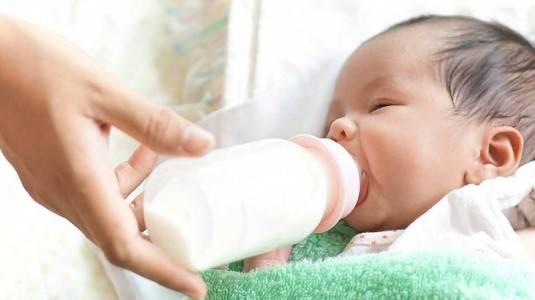 Metode Finish at the Breast untuk Bayi Bingung Puting