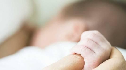 Manfaat ASI untuk Bayi Usia 0-12 Bulan