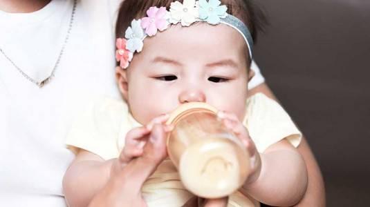 Jangan Salah Memilih Botol Susu si Kecil, Ini Kriterianya
