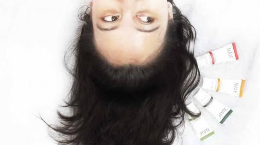 Rambut dan Kulit Kering? No Way dengan Naif Women