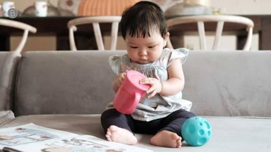 Cara Mengajarkan Bayi Minum dari Gelas