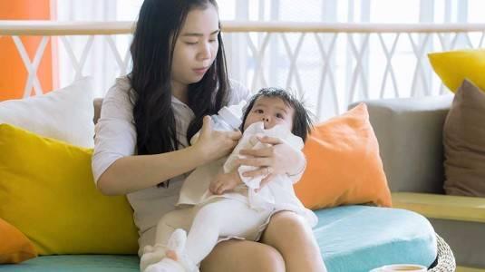 6 Manfaat MengASIhi bagi Moms