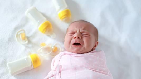 Rekomendasi Botol Susu Anti Kolik by Mom Dian