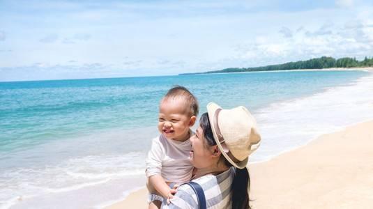 Kantong Ajaibnya Para Moms yang Hobby Traveling
