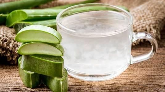 7 Manfaat Kesehatan Minum Jus Aloe Vera