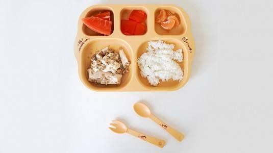 Kiat Memilih Peralatan Makan yang Aman untuk si Kecil