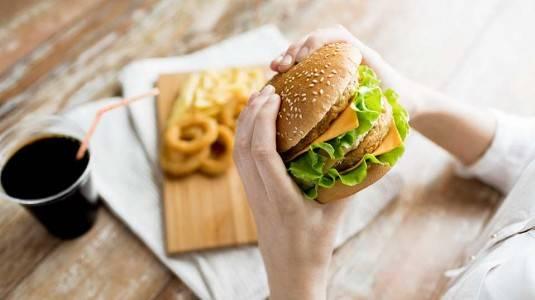 5 Makanan Tinggi Akan Kolesterol yang Harus Anda Hindari