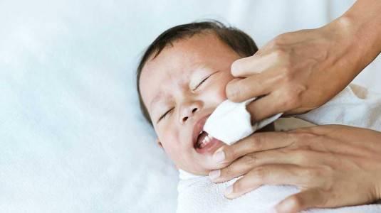 Sariawan pada Bayi dan Cara Mengatasinya