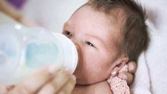 Bagaimana Cara Mengatasi Kolik pada Bayi?