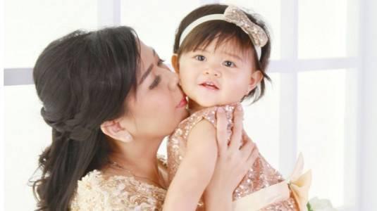 Apa Sih Rahasia Clai Bisa Tumbuh Menjadi Anak Ceria?