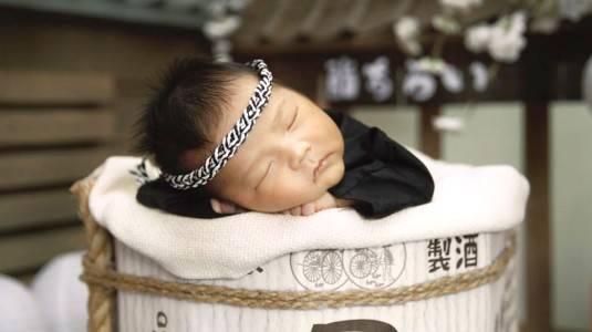 Manfaat Menjemur Bayi di Bawah Sinar Matahari