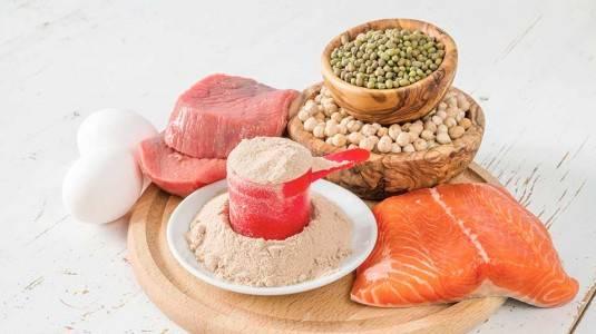 Mau Meningkatkan Produksi ASI? Banyak Konsumsi Protein!
