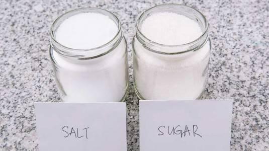 Bahaya Garam dan Gula untuk Bayi Di Bawah 1 Tahun