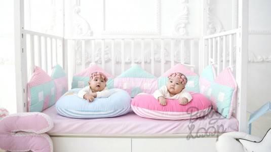 Tummy Time Menggunakan Nursing Pillow Baby Loop