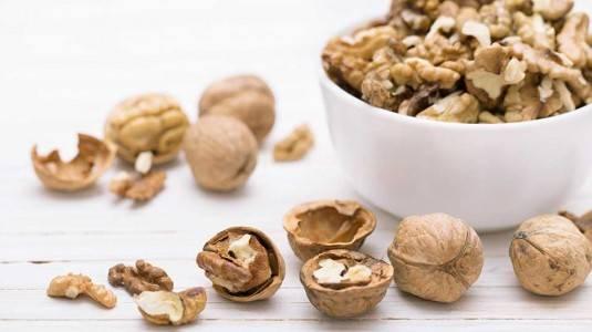 Manfaat Kacang Kenari untuk Bumil dan Busui