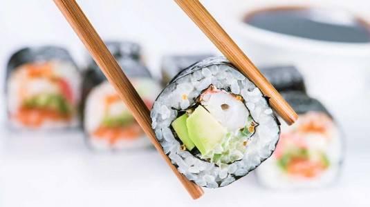 Bolehkah Ibu Hamil Makan Sushi?