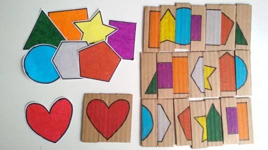 Ide Bermain untuk si Kecil: Cardboard Shape Puzzle