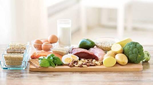 6 Nutrisi Ini Wajib Ada dalam Makanan Sahur dan Berbuka Si Kecil