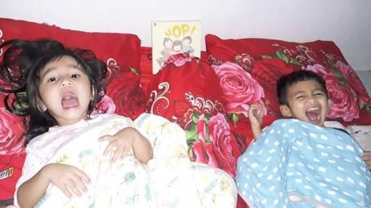 Review Snuggly Blanket Littleparmerhaus by Mom Sarah