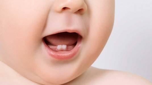 Tanda Bayi Sedang Teething