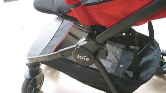 Enaknya Pakai Stroller Ringan, Praktis dan Tidak Bikin Repot!