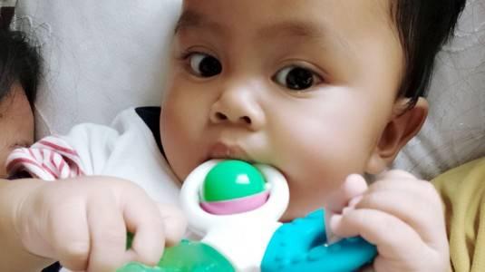 Respon Tepat Menghadapi Gigitan si Baby