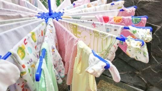 Tips Membeli Baju Bayi Untuk Moms Yang Akan Melahirkan