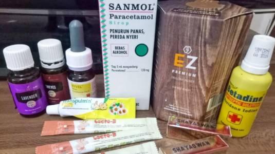 Obat-obatan yang Perlu Dibawa Saat Travelling Bersama si Kecil