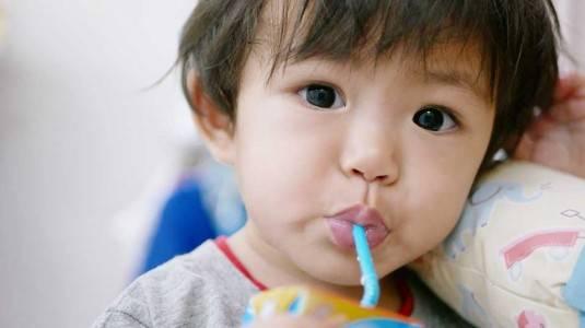 3 Cara Menyapih Anak Tanpa Trauma