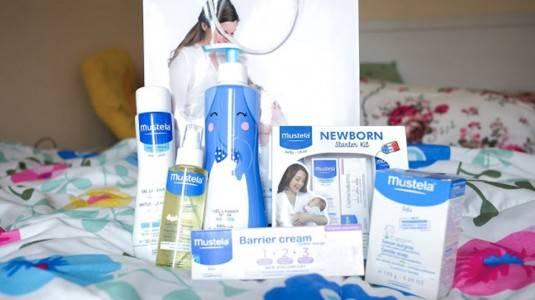 Mustela New Born Starter Kit & Massage Oil Review