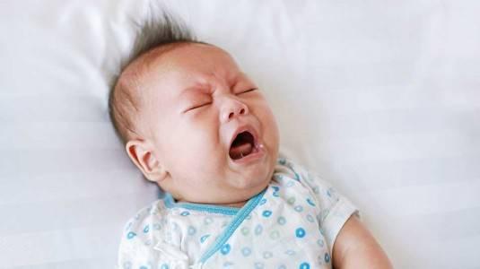 Tanda dan Gejala Kolik Bayi