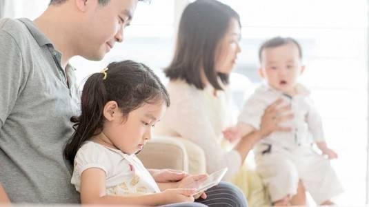 Kemajuan Zaman, Jangan Halangi Anak Bergadget