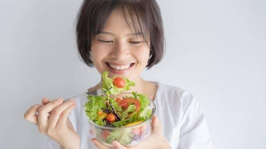Vegetarian Selama Menyusui? Perhatikan Hal Ini Yuk Moms!