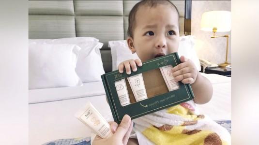 Review Naif Mini Set: Solusi untuk Moms yang Hobi Travelling