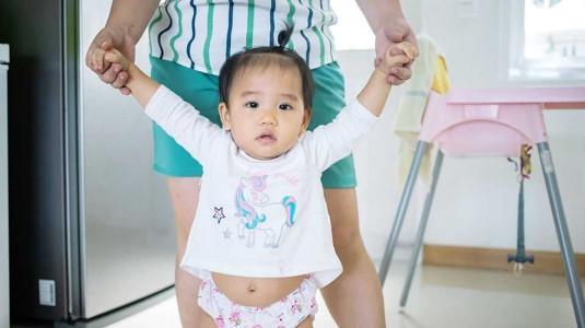 Penyebab Gangguan Motorik Kasar Pada Bayi Baru Lahir Hingga 1 Tahun