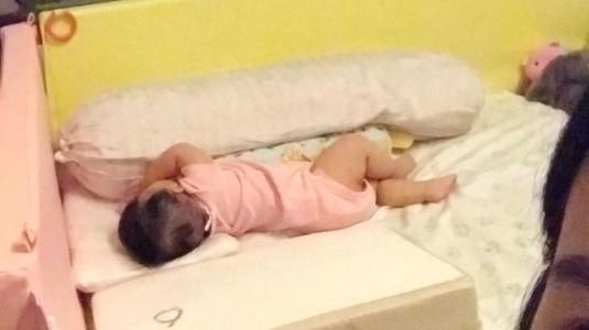 Manfaat Baby Tidur Di Ranjang Pribadi