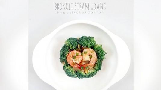 Resep MPASI Brokoli Siram Udang (17M+)