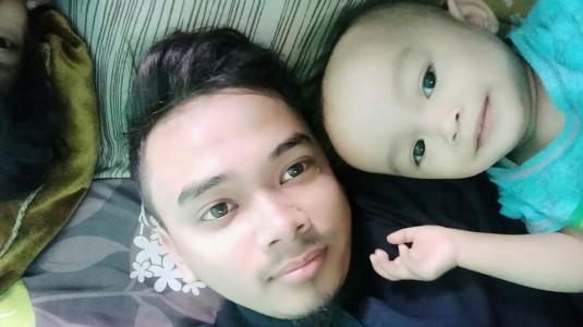 Kerjasama Mengurus si Kecil dengan sang Ayah