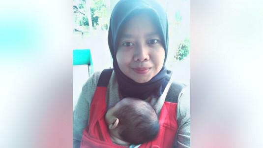 Mengurus Bayi Tanpa Nanny atau Orang Tua?