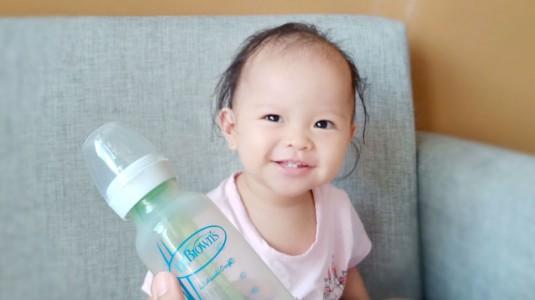 Anak Tidur Nyenyak Berkat Botol Susu Anti Kolik