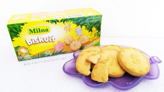 Review Milna Biskuit - Snack untuk si Kecil