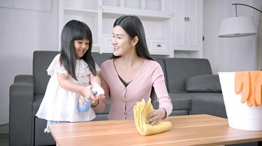 Ketika si Kecil Ingin Membantu Mama