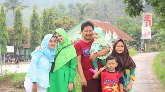 Peran Penting Dukungan Keluarga Besar Dalam Mendidik Anak