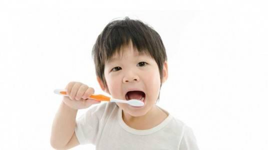 Menjaga Kesehatan Gigi Anak Sejak Dini