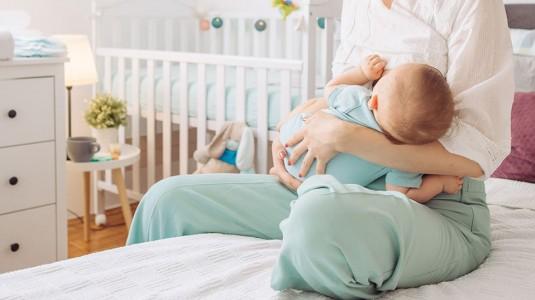 Yuk Cari tau Seputar MengASIhi yang Baik untuk Moms dan Baby