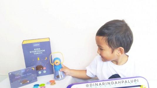 Storytelling jadi Lebih Menyenangkan dengan Kids Storybook Torch