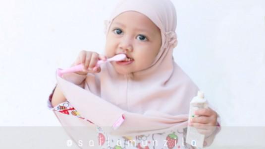 Tips Mendisiplinkan Anak Menyikat Gigi