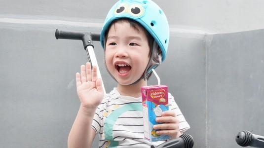 Apa itu Susu UHT? Apa Manfaatnya untuk si Kecil?